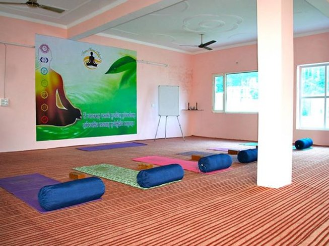 7 Days Rasayana Ayurveda and Yoga Retreat in India