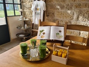 """8 Day """"Best Ever You"""" Luxury Organic Juice Detox and Yoga Retreat in Lulworth Cove, Dorset"""
