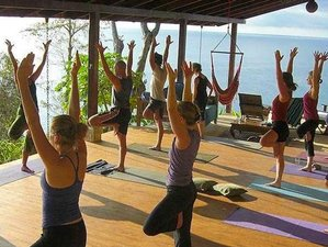 8 días retiro de yoga en playa y volcán en Arenal La Fortuna, Costa Rica