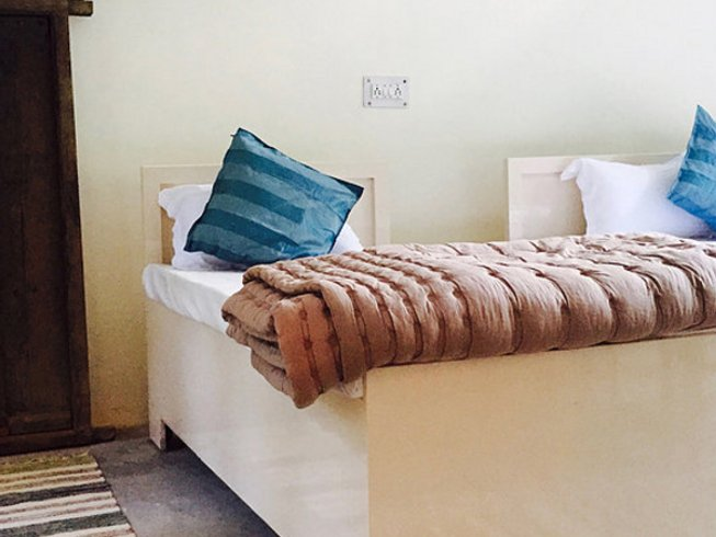 7 Days Rishis Meditation and Yoga Retreat in Amari Malli, India