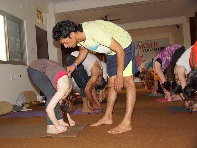 7 Days Beginners Meditation and Yoga Retreat Rishikesh, India