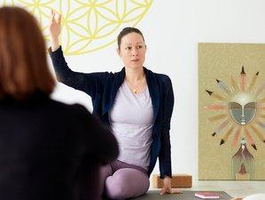 48-Stunden Online Yogatherapie Ausbildung mit Katharina Middendorf, Kerstin Meyer-Krems, Ralf Sturm
