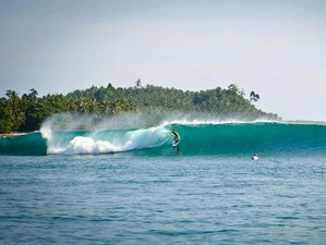10 Days Exhilarating Mentawai Surf Camp