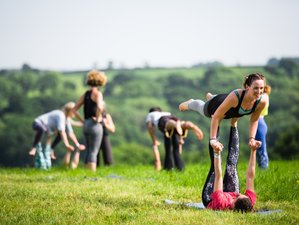 4 Days Wellbeing 'Retreat Festival' Yoga Holiday in Pembrokeshire, UK