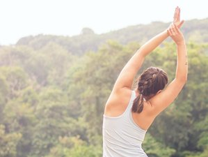 4 Day Yoga Weekend Holiday in Derbyshire's Epic Peak District