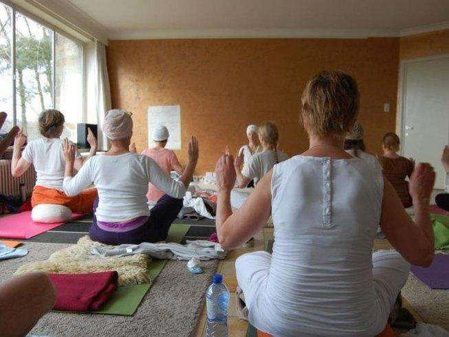 3 días retiro de yoga, intuición y prosperidad en Pellenberg, Bélgica