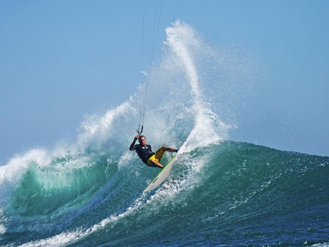 7 Days Kitesurfing Surf Camp Indonesia