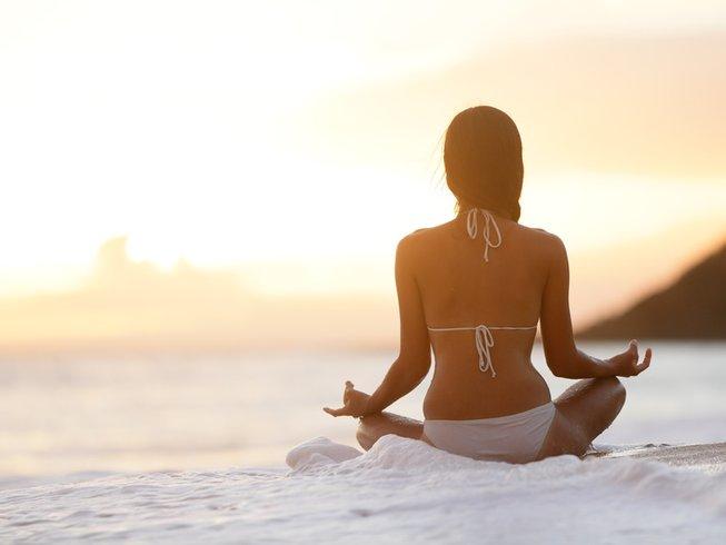 8 Days Jungle & Beach Yoga Adventure in Costa Rica
