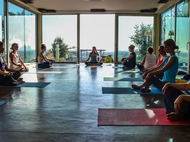 8 Days De-Stress Yoga Holiday in Campania, Italy