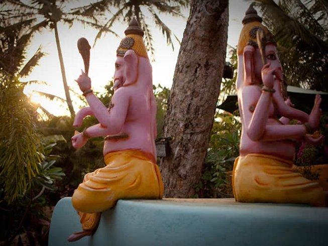 13 Tage Pranayama und Yoga im Satsanga Retreat in Goa, Indien