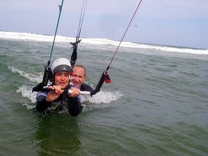 7 Days Beginner Kitesurfing Surf Camp in Cha-Am, Phetchaburi, Thailand
