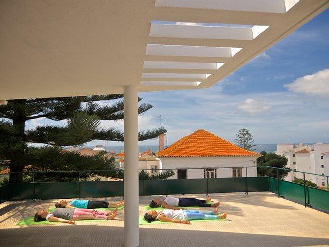 7 días retiro de yoga y campamento increíble de surf en Cascais, Portugal