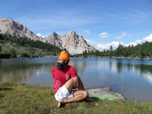 6 Days Mindful Hiking and Yoga Retreat in Italy