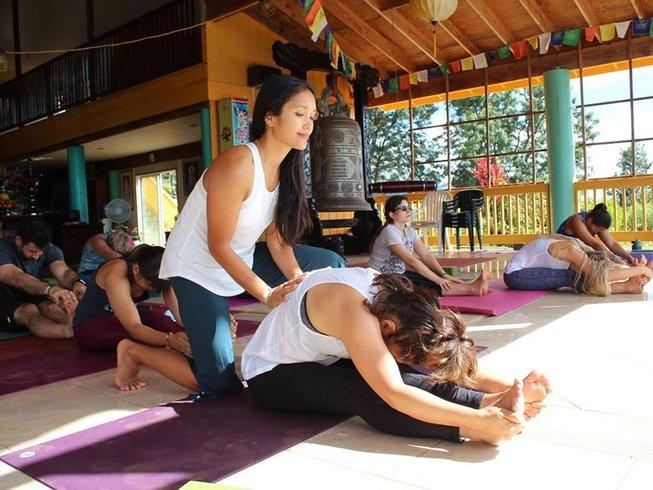 3 Days Rustic Yoga Retreat in Hawaii, USA