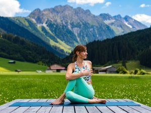 6 Day Calm Down with Yoga in Gerlos