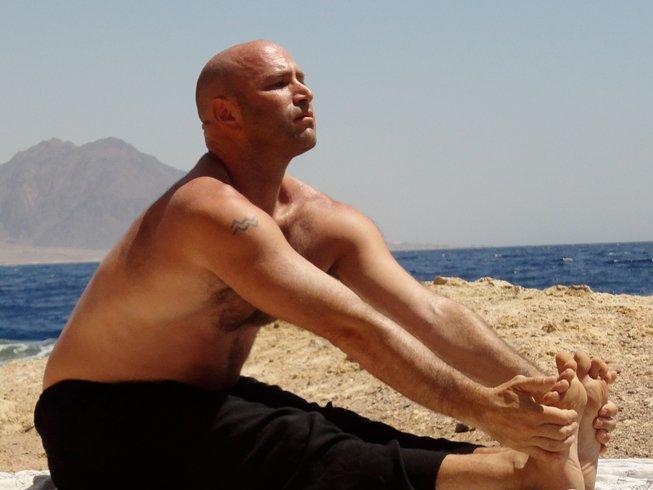 4 jours-22h en formation de professeur de yin yoga et yoga restaurait en Floride, États-Unis