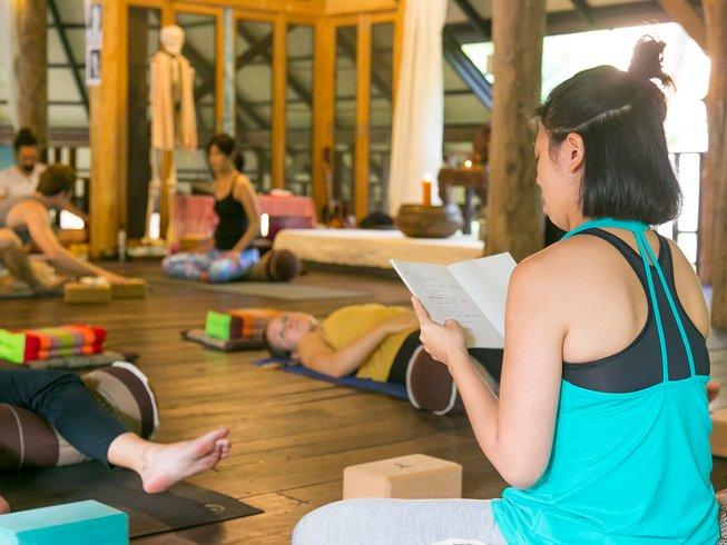 27 jours-200h de formation de professeur de hatha yoga et yoga vinyasa à Chiang Mai, Thaïlande