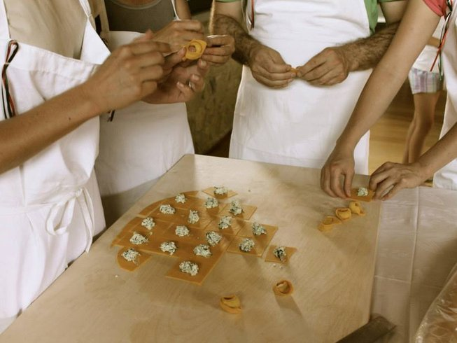 8 Days Pasta Cooking Holidays in Bologna Countryside