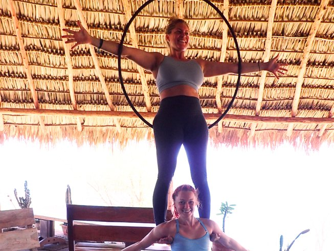 8 jours en stage d'acro yoga et massages au Québec, Canada