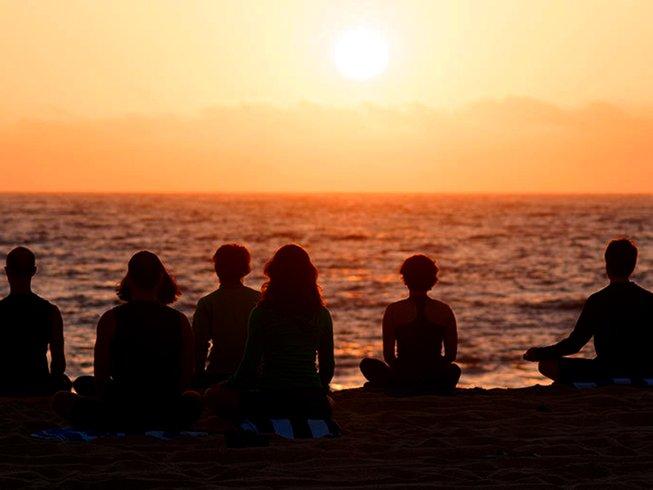7 días retiro de yoga y detox en España