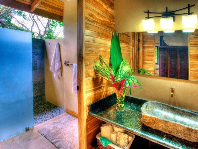7 Tage Luxus Aerial Yoga und Meditation Retreat in Nosara, Costa Rica mit Lindsey Duggan