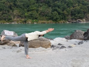 3 Days Relaxing India Yoga Retreat