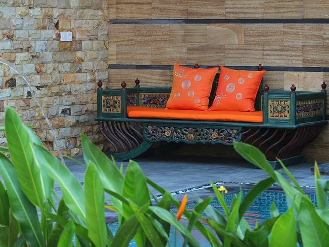 6 Days Healthy Yoga Retreat in Seminyak, Bali