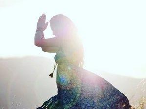 Curso para navegar tus emociones basado en la medicina china con yoga Yin y meditación en línea