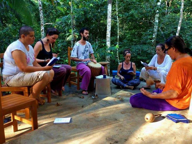 14 días retiro de yoga y Ayahuasca en la Amazonia, Perú