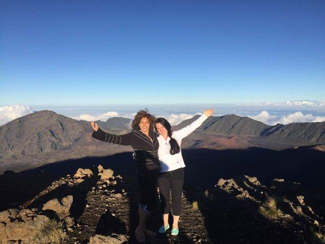 8 Days Sound Healing, Yoga, Aerial Yoga & Cleansing Retreat in Hawaii