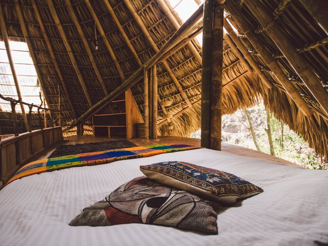 12 Days Therapeutic Thai Massage Course and Yoga Retreat in Solola, Guatemala