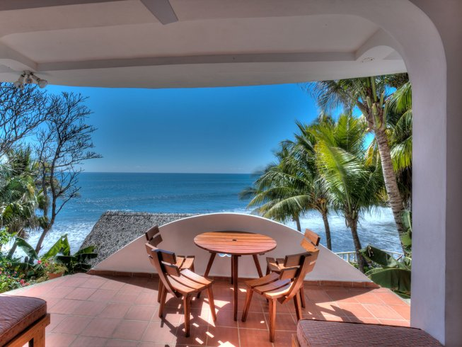 7 Days Exclusive Surf and Yoga Retreat in El Salvador