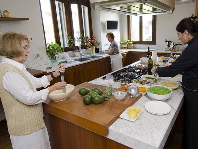 7 Days Cooking Vacations in Italy