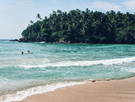 Hiriketiya Beach