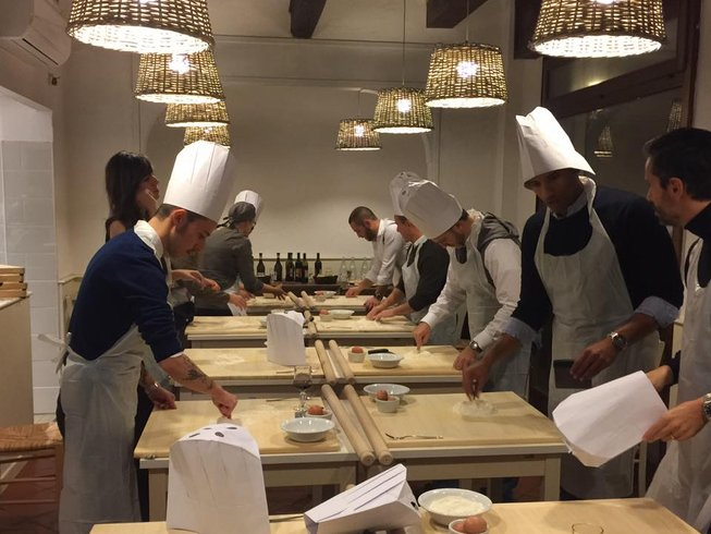 3 Days Traditional Bolognese Cooking Course in Italy