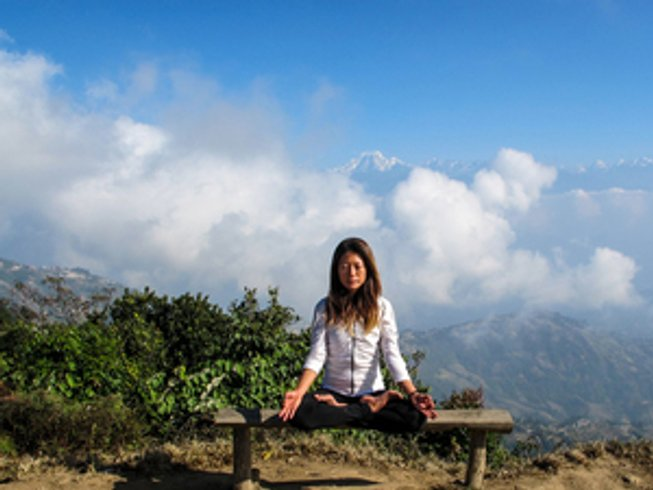4 Days Meditation, Yoga and Hiking in the Himalayas