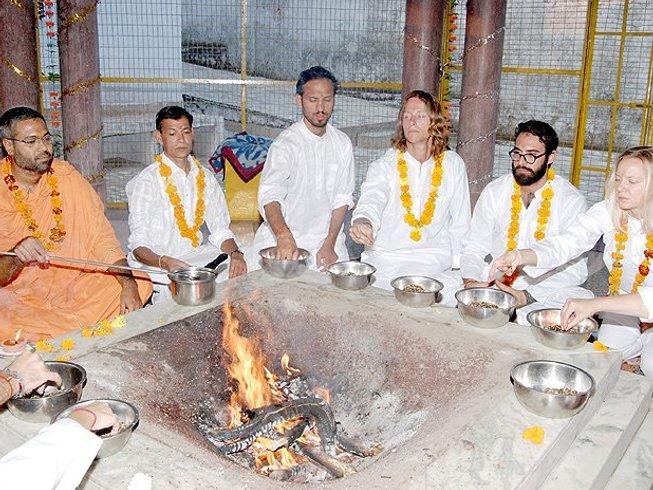 26-Daagse Gespecialiseerde 200-urige Yoga Docentenopleiding in Dharamsala, India