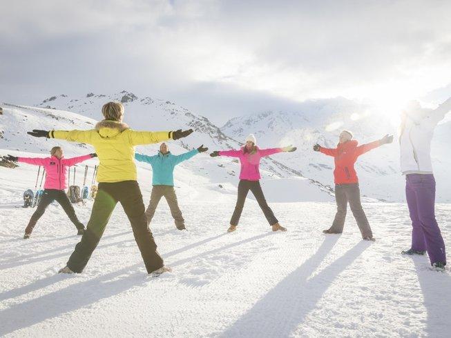 8 jours en stage yoga, raquettes et massages ayurvédiques en Auvergne, France