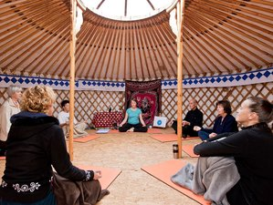 4 Day The Light of Ayurveda: Level 1 Yoga and Ayurveda Course in Everyday Life in Miniac-Morvan