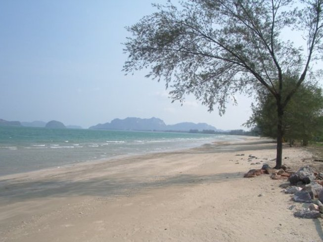 10 Days of Muay Thai Training in Sam Roi Yot Beach, Thailand