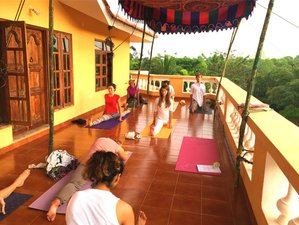 32 Days 300-hour Yoga Teacher Training in India
