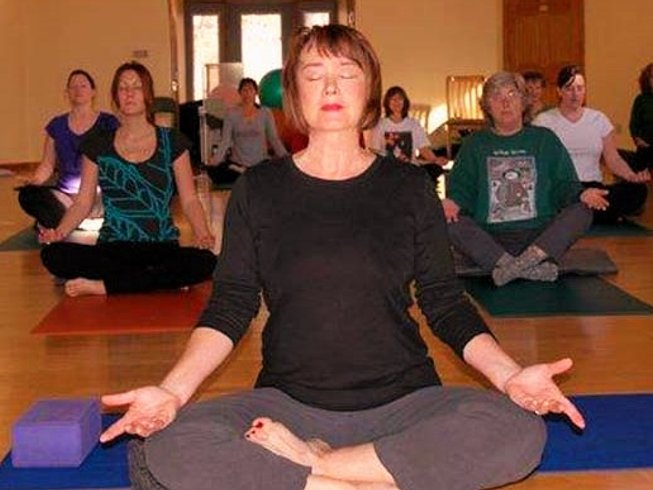 3 Days Winter Yoga Retreat in USA