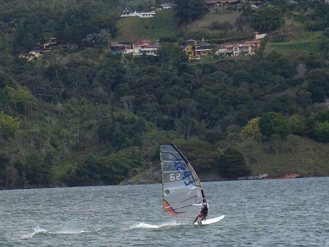6 Days Windsurfing Surf Camp Colombia