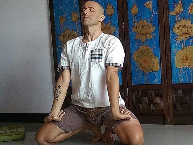 29 días retiro de yoga y formación profesional de masaje tailandés en Chiang Mai, Tailandia