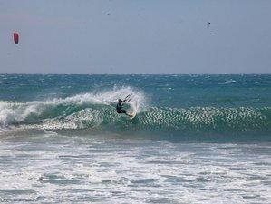 7 Day All-inclusive Kitesurf Wave Clinic in North Shore, Ñuro