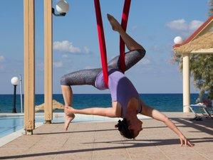8 días de lujoso retiro con yoga, masaje y Aeroyoga en Creta, Grecia