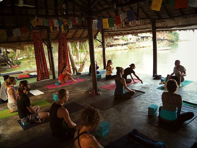 16 Days Weight Loss and Yoga Retreat in Koh Phangan, Thailand