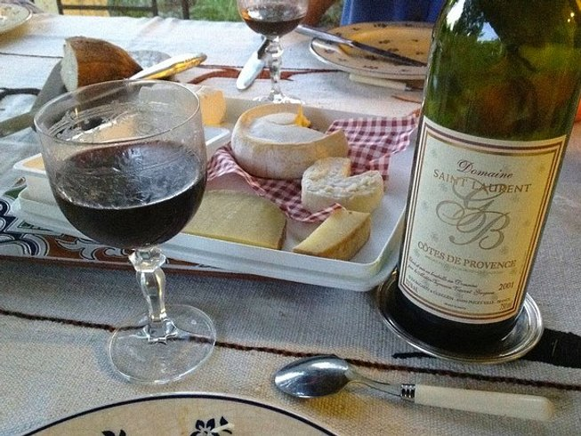 6 Days A Taste of Paris Wine Tour and Beyond
