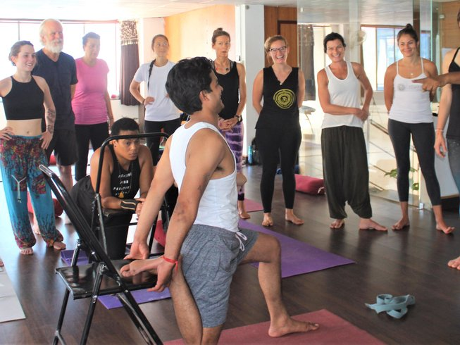 7 Days Beginner Meditation and Yoga Retreat in Rishikesh, India