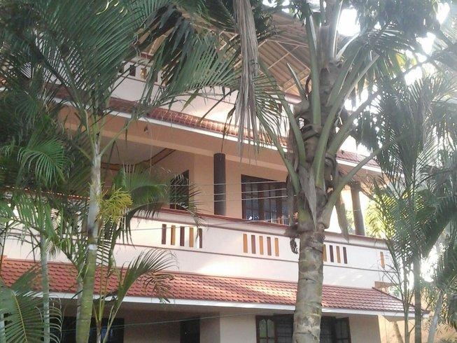 4 Day Mini Break Meditation and Yoga Retreat in Kerala, India